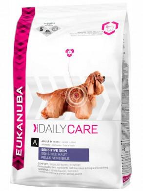 Сухой корм Eukanuba Sensitive Skin для взрослых собак с чувствительной кожей (12 кг)